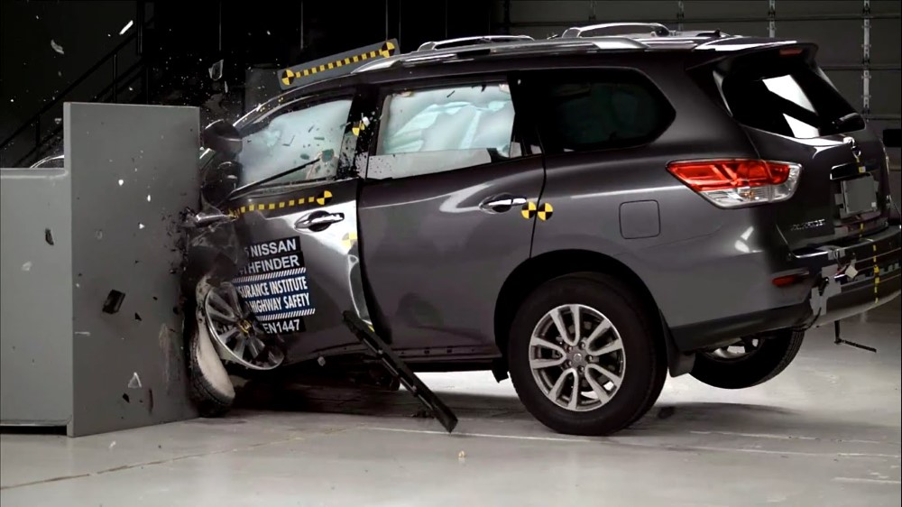 2020 Nissan Pathfinder Crash Test Point