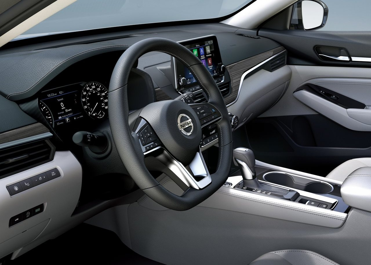 2020 Nissan Altima Turbo Interior Features with Activesense