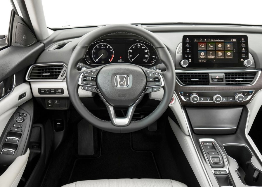 2020 Honda Accord Interior Features