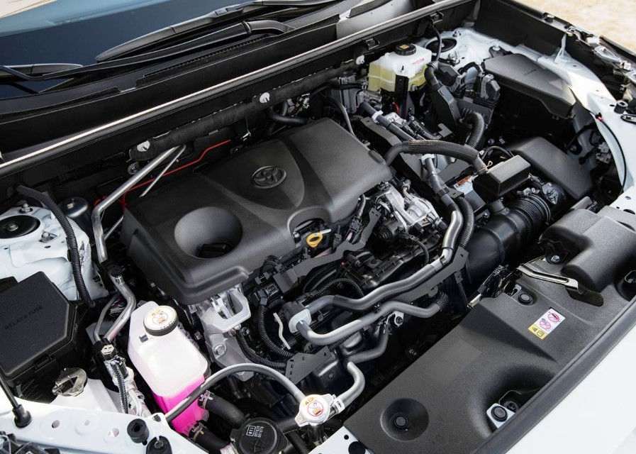 Engine Of Toyota Rav4 Hybrid 2020 - Most fuel-efficient hybrid SUV in Canada