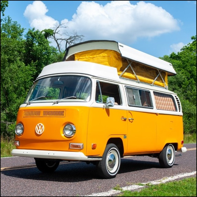 Volkswagen Westfalia Camper Vehicle - Best Dor Glamping