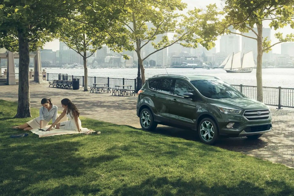 2020 Ford Escape Pictures