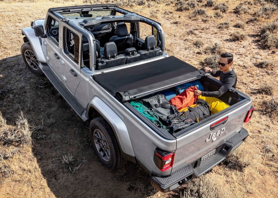 2020 Jeep Gladiator Bed Size