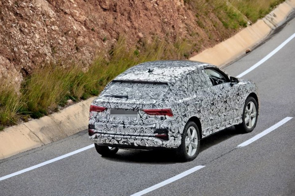 2020 Audi Q4 SUV Features