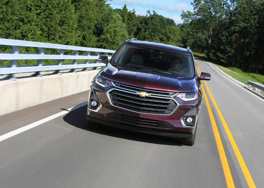 2020 Chevy Traverse Redesign & Changes