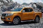 2020 Nissan Frontier Yellow Color Trims