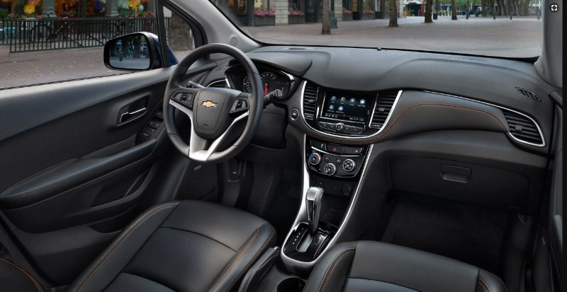2020 Chevy Trax Interior Dasboard dark Color Sporty Compact SUV