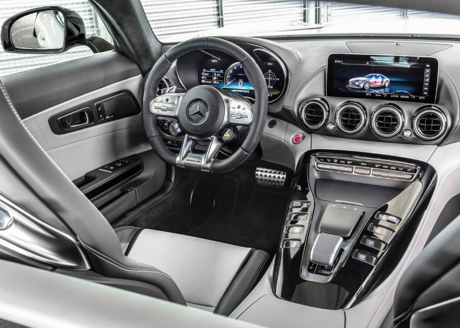 2020 Mercedes AMG GT Interior & Features