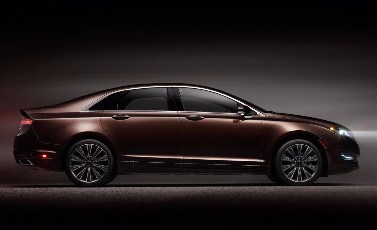 New Lincoln MKS Hybrid Specs and Prices