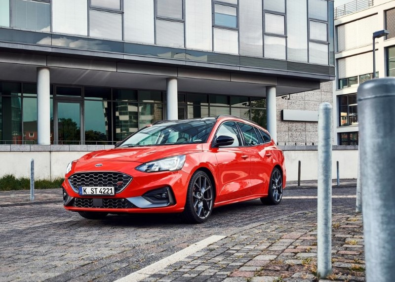 2020 Ford Focus ST Wagon Red Color