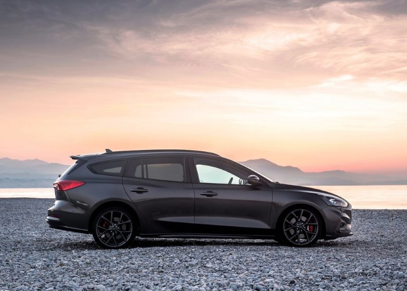 2020 Ford Focus Wagon Exterior Changes