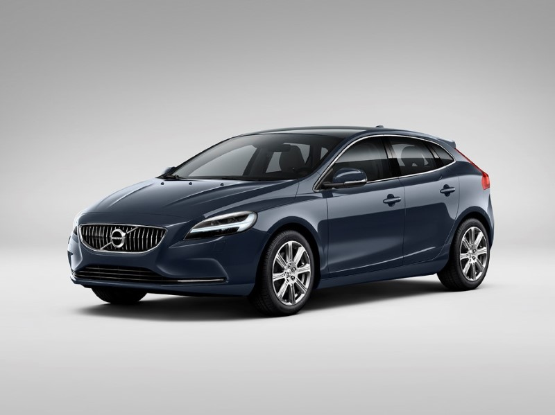 2020 Volvo V40 Cross Country Specs