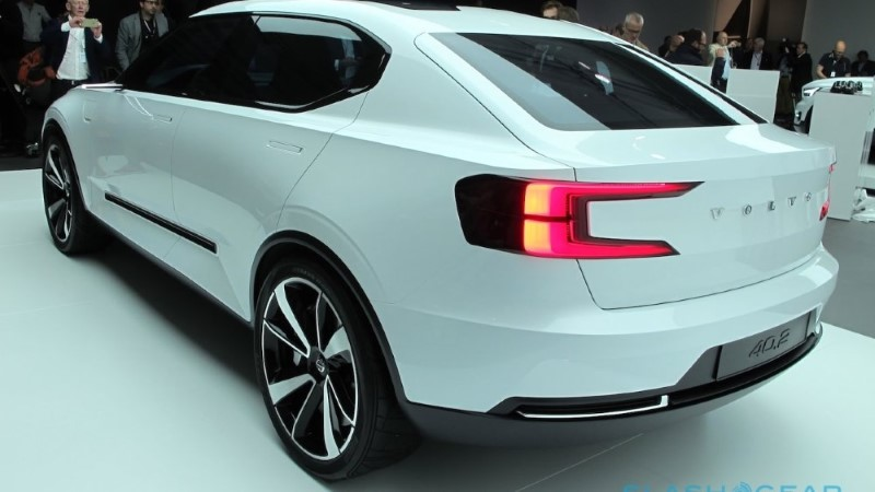 2020 Volvo V40 Redesign and Changes