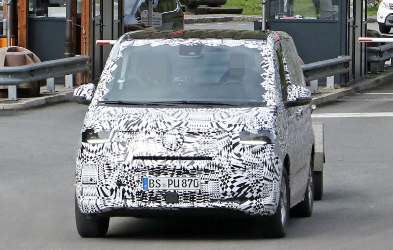 2021 VW Transpoter T7 Spied Pictures